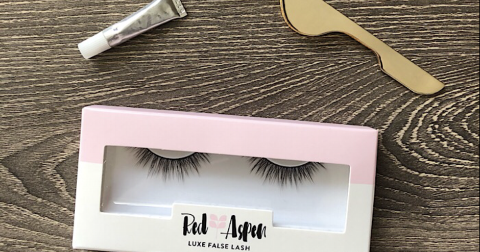 b5c415d5764 bybmg: Trying Red Aspen False Eye Lashes