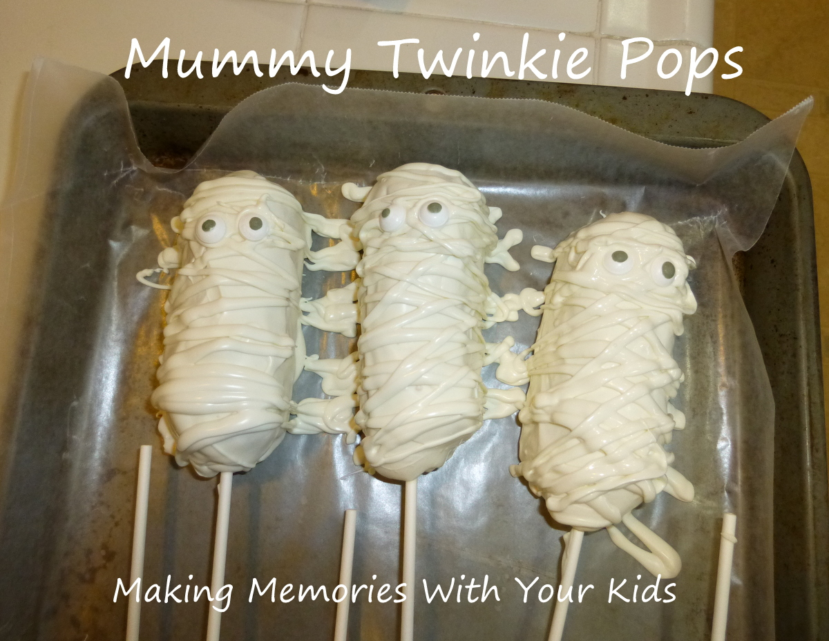 Mummy Twinkie Pops - Making Memories With Your Kids