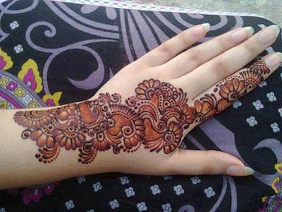 Latest-&-stunning-punjabi-mehendi-designs-2017-for-girls-2