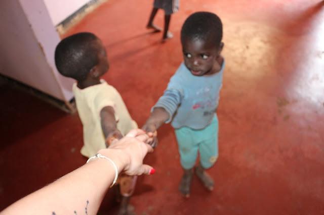 wolontariat; afryka; uganda; lithuanian girl; volunteer;