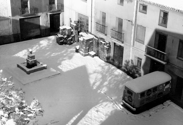 torrebaja-valencia-fuente-plaza-histórica