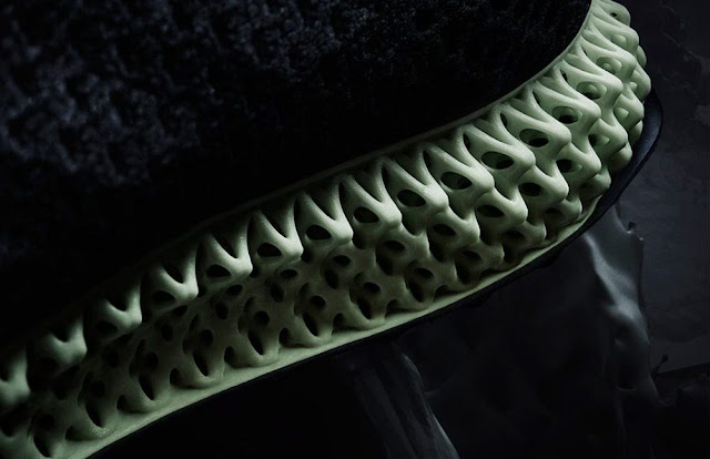 adidas-alphaedge-4d-sneakers-printed-with-light-oxygen