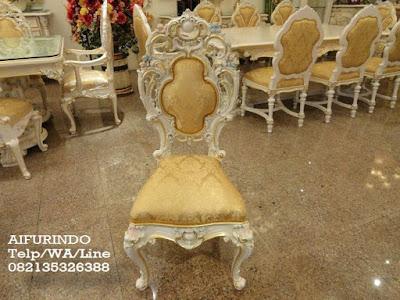 Kursi makan Klasik eropa-Toko mebel jati klasik-toko jati-Furniture klasik mewah-Jual kursi makan klasik eropa cat putih