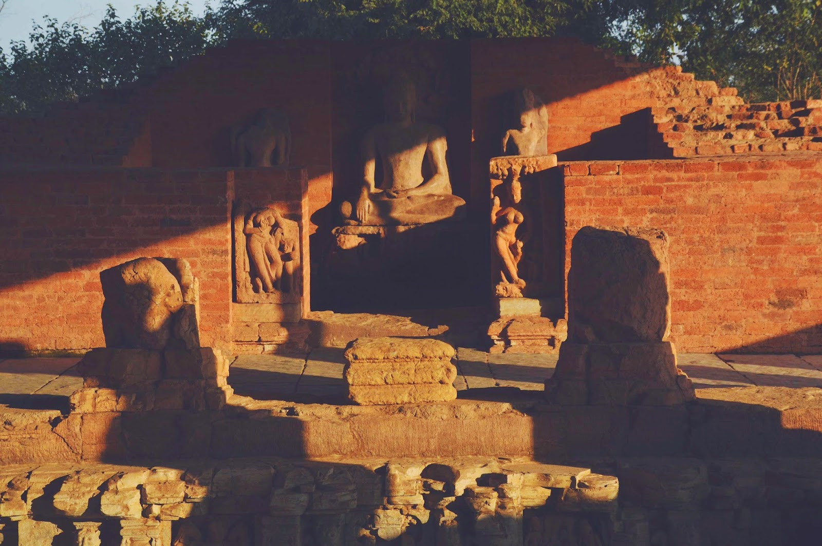 sirpur chhattisgarh budh vihar carvings travel tourism