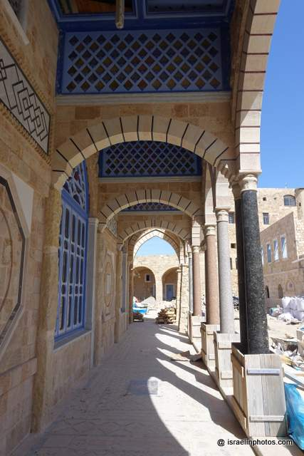 Zawayat El-Shadlia, Acre