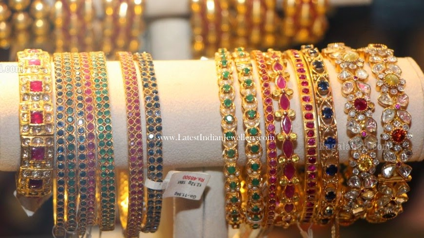 Amrapalli Latest Gold Bangles Collection
