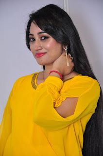 Anchor Ashwini Sharma Stills in Jeans at Love Cheyyala Vadda Movie Audio Launch  0004