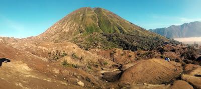 Ijen Bromo tour from bali, Bromo sunrise, Bromo Java, Ijen Bromo Tours, Ijen and bromo travel.