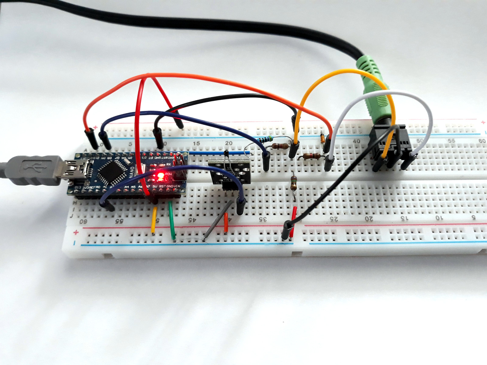 Arduino Thermometer With Tv Output One Transistor Electronic Circuit Tvout Built On Breadboard