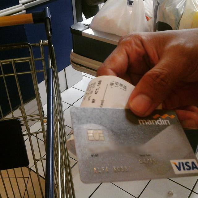 Ngumpulin Poin Kartu Kredit Demi Diskon