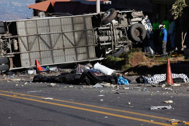 Autobús que mató a venezolanos en Ecuador llevaba media tonelada de droga
