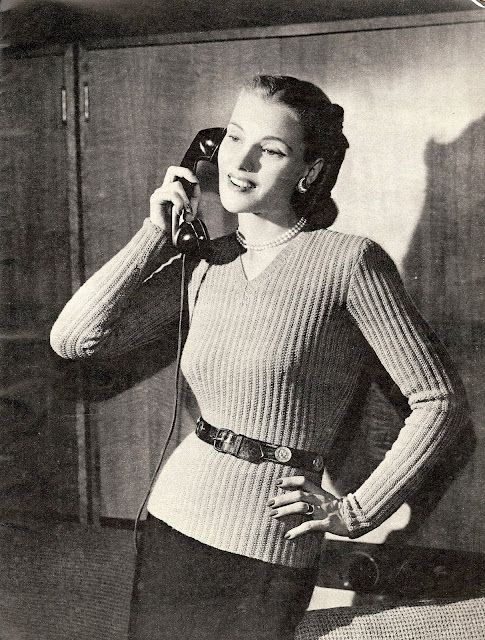 The Vintage Pattern Files: Free 1940's Knitting Pattern - A New Torso Look Sweater
