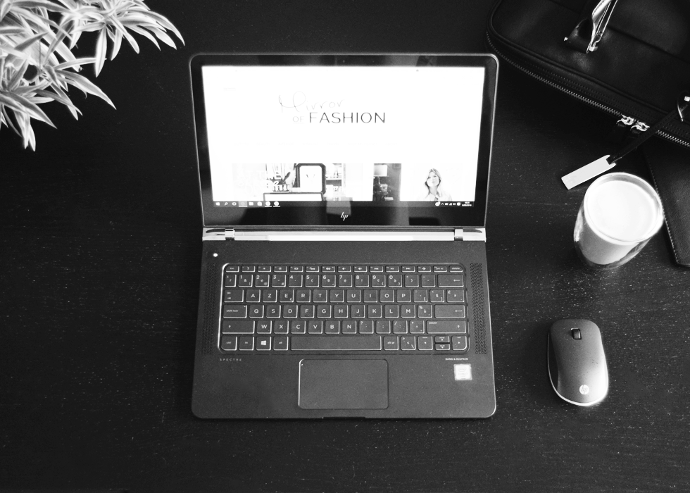Interior, HP, laptop, spectre, copper, rose gold, 13