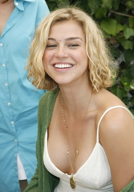 Nepali Cute Girl Wallpaper Adrianne Palicki Very Hot And Rare Sexy Pictures Of 2013