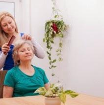 peluquería para personas mayores