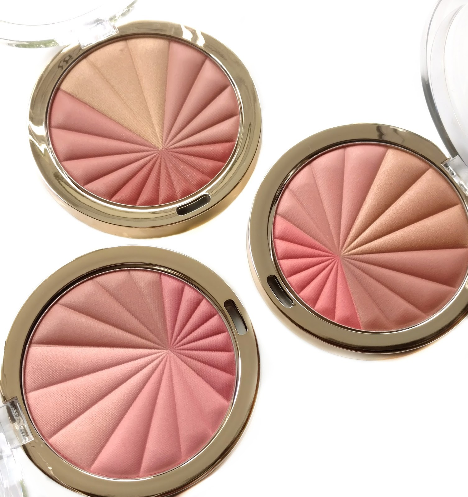 Color harmony online - I Recently Picked Up Three Of The New Milani Color Harmony Blush Palettes 13 When I Saw The Display At Walgreens And Have Had My Eye On These Since They