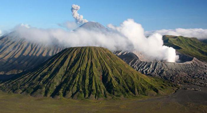 Після виверження вулкану 60 тисяч туристів опинилися заблокованими на Балі