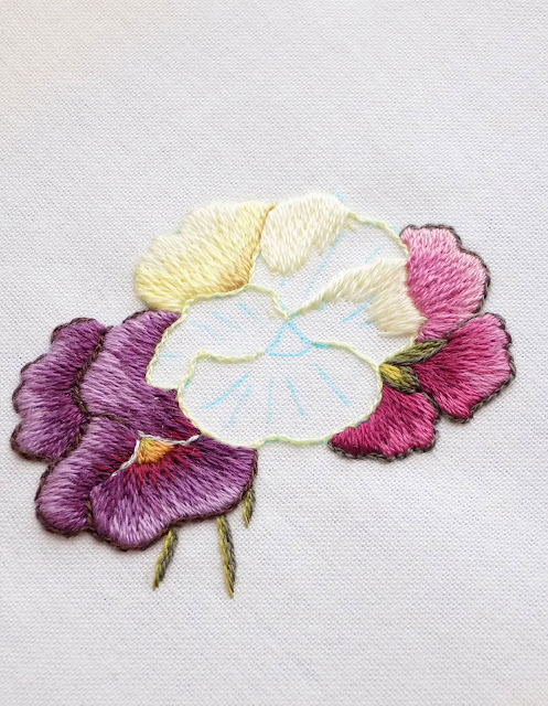 10 basic stitches for hand embroidery
