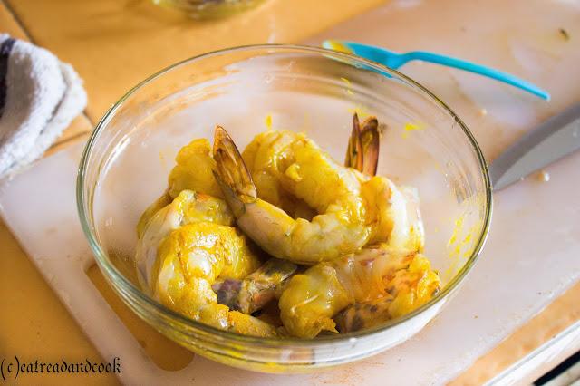 easy cook prawn bhuna masala