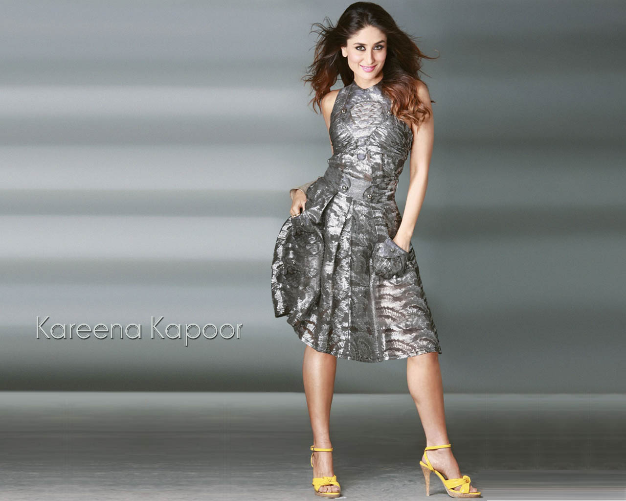 Sexy Wallpapers Kareena Kapoor Without Clothes-7750