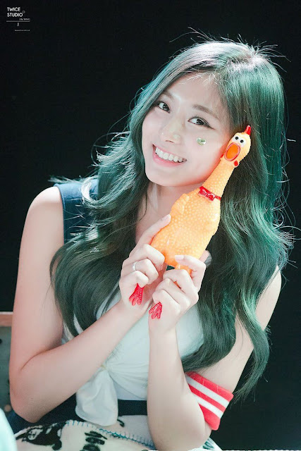 Green Tzuyu TWICE