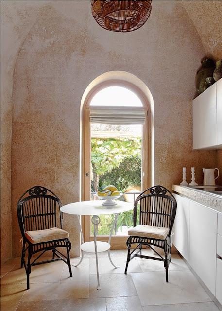 Jean Louis Deniot Design kitchen  in Capri via belle vivir blog