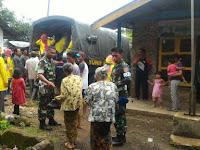 Bantu Masyarakat, Yonif Raider 509 Kostrad Bhakti Sosial di Curah Jambe