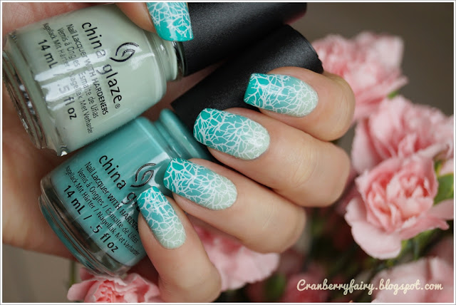 china glaze green gradient mani