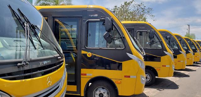 Irapuã recebe ônibus escolar do Governo do Estado
