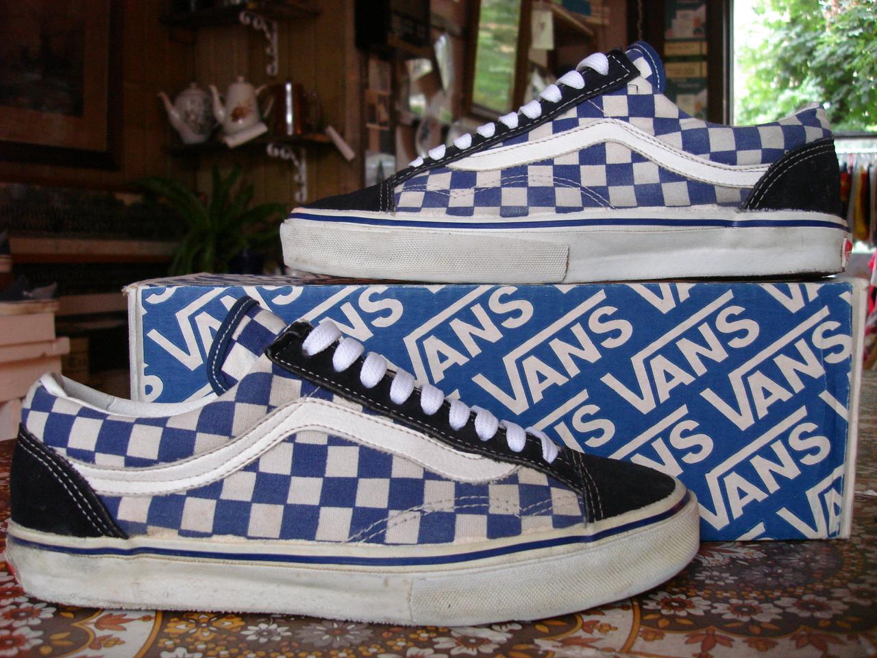 957c6418534241 Buy navy blue checkered vans