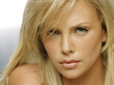 Charlize Theron Normal Resolution HD Wallpaper 10