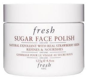 Gommage visage au sucre roux de Fresh