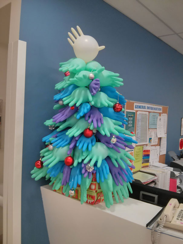 Creative Ideas For Christmas Decorations By A Hospital's Medical Staff - You Know You Work In A Hospital When The Christmas Decorations Look Like This