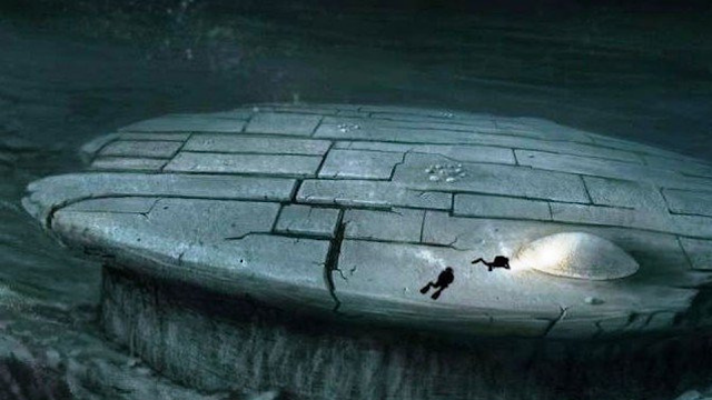 Baltic Sea Anomaly UFO looks like a Millennium Falcon and is very huge.