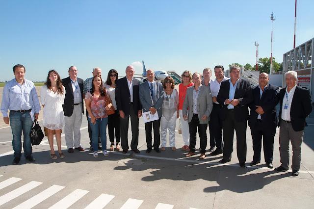 Diputados provinciales en el Aeropuerto