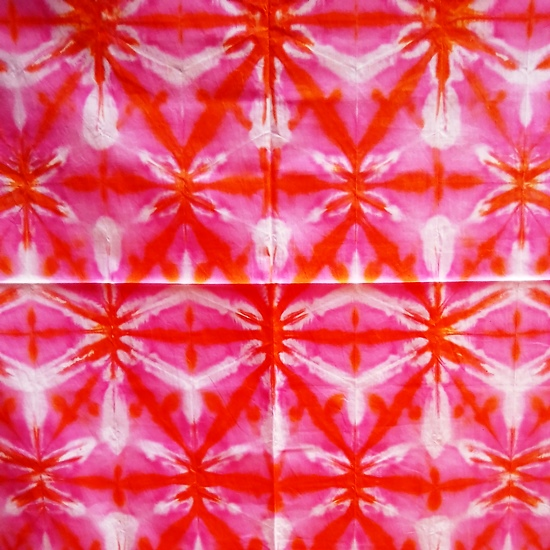 Sibori Merah Cenderung Pink Siap Jahit