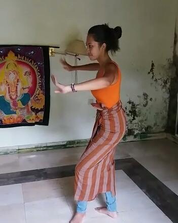 Learning traditional Balinese dance Ubud | Ummi Goes Where?