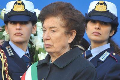 Naples Mayor Rosa Russo Iervolino slapped Robert Saviano across the face at an award ceremony