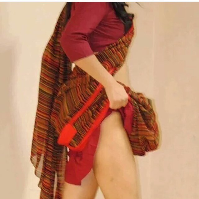 sexy-Indian-Bhabhi-Thighs