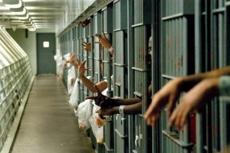 هروب عشرات المحبوسين من سجن بكوت ديفوار