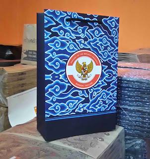 tas kertas acara art carton