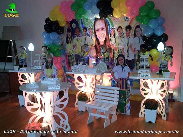 Decoração provençal para festa em mesas borboletas tema Carrocel