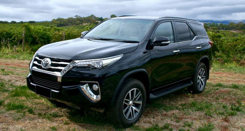 Pilih Toyota All-new Fortuner atau Mitsubishi All-new Pajero Sport?