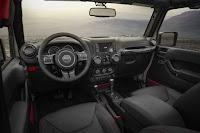 Jeep Wrangler Rubicon Recon 2 Door (2017) Interior