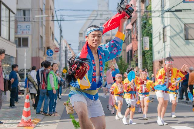 マロニエ祭り、志留波阿連の男踊り その2