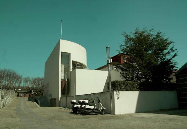 Banco Borges + Irmao III en Vila do Conde   Álvaro Siza   Recorridos + composición + plantas + secciones