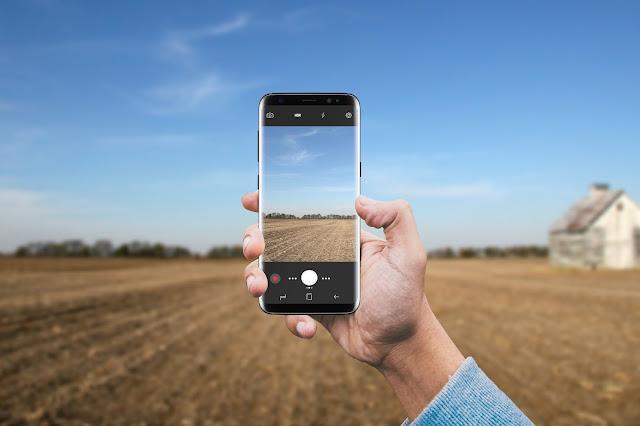 Samsung Galaxy S8 Camera Mockup PSD CM