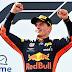 Fórmula 1 - Em dia de cão para Mercedes, Verstappen vence em casa
