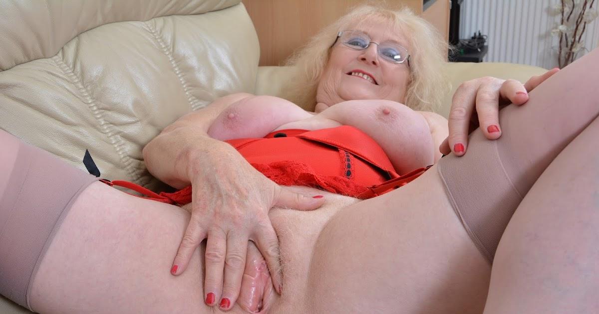 Granny Breasts Webcam Porn Pics