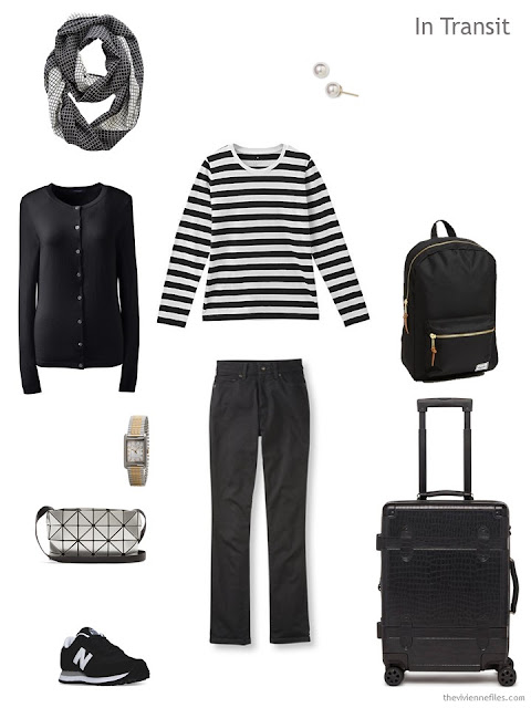 travel outfit in black and white for Paris autumn 2017